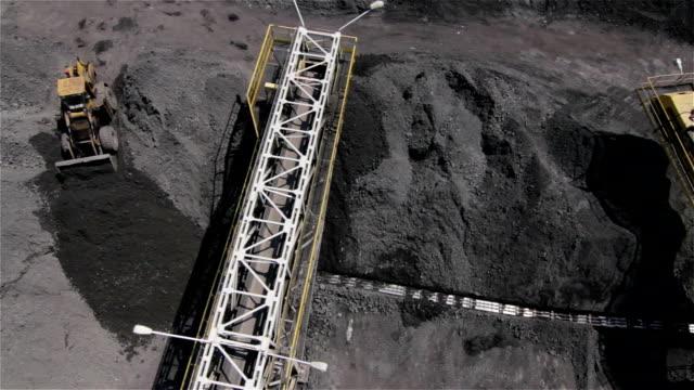 vídeos y material grabado en eventos de stock de coal mine, poland - coal mine