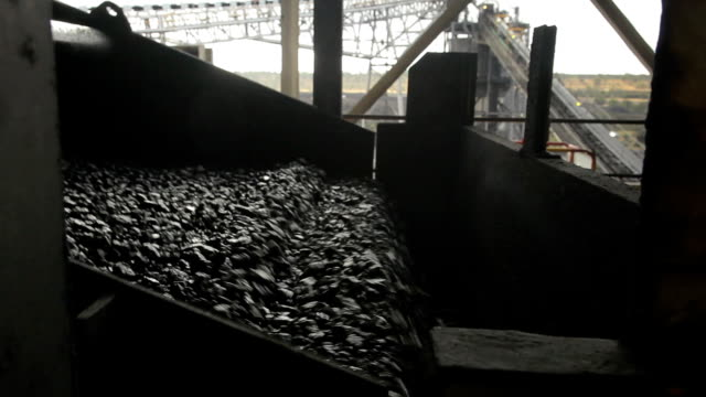 coal wash conveyor - coal stock videos & royalty-free footage