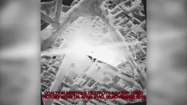 vídeos de stock e filmes b-roll de coalition airstrike destroys a da'esh vbied factory near tal afar iraq 5 nov 2016 - coligação