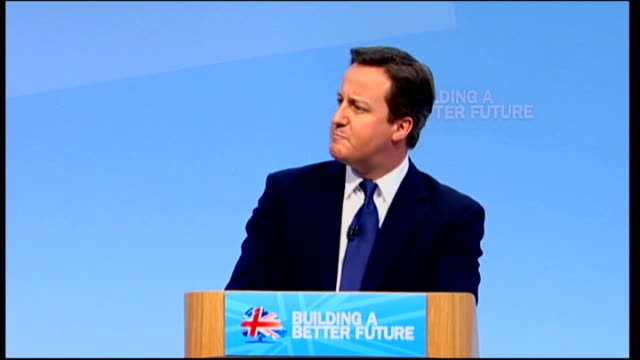 vídeos y material grabado en eventos de stock de coalition government gives green light to more pfifunded schemes r06031103 / march 2011 cardiff various views of david cameron on to stage up to... - east sussex