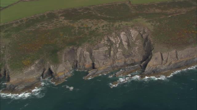 coast around solva - pembrokeshire stock-videos und b-roll-filmmaterial