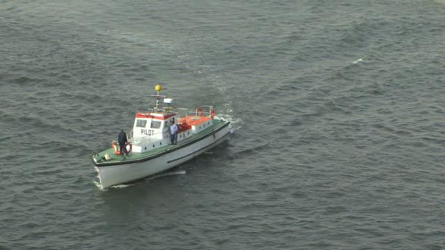 ws ha zo coast guard boat approaching cruise ship, suez, egypt - suez canal stock videos & royalty-free footage