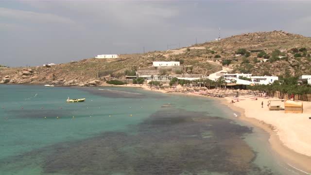 ws pan coast near platis giados / myconos, cylades islands, greece - mykonos stock videos & royalty-free footage
