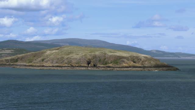 vídeos de stock, filmes e b-roll de cena costeira no sul oeste escócia - johnfscott