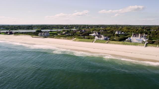 vidéos et rushes de coastal town and beaches - long island