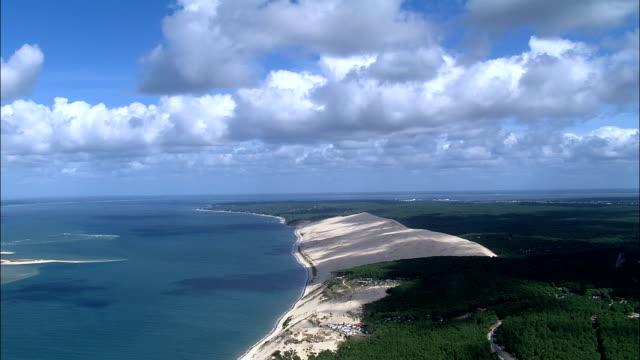 vídeos y material grabado en eventos de stock de costa-vista aérea-aquitaine, gironda, francia - aquitania