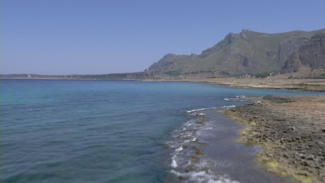 coastline of italy - 地中海点の映像素材/bロール