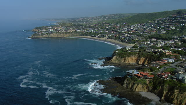 coastline of laguna beach california - laguna beach california stock videos & royalty-free footage