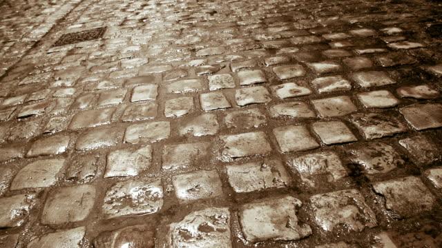 石畳の road