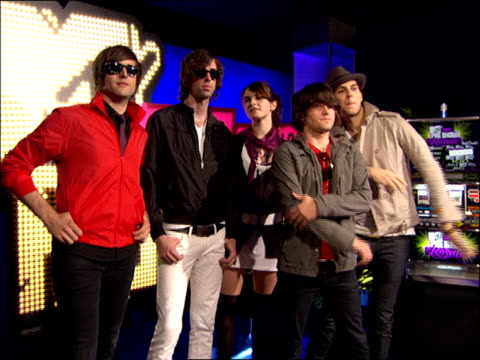 cobra starship walking the 2007 mtv video music awards red carpet - 2007 stock videos & royalty-free footage