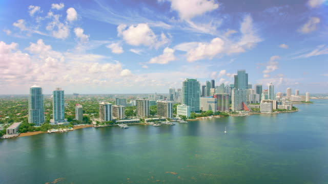 aerial coconut grove, miami, florida - 30 seconds or greater stock videos & royalty-free footage