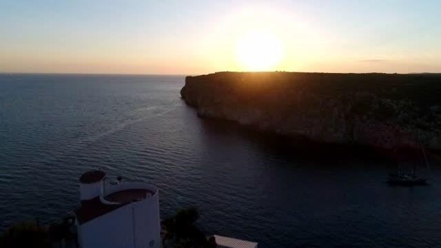 cocucher de soleil sur minorque - minorca stock videos & royalty-free footage