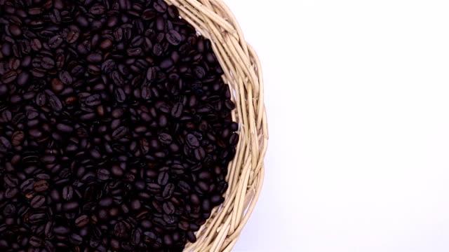 Kaffe bönor närbild på vit bakgrund