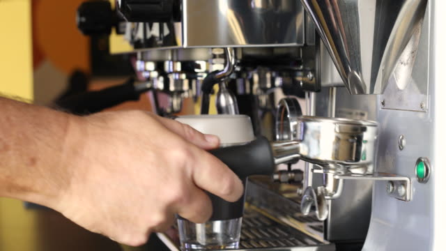 coffee being made with reusable coffee cup - coffee cup stock videos & royalty-free footage