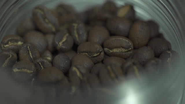 coffee graos falling - partir stock videos & royalty-free footage