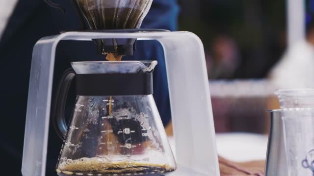 coffee old style - bricco per il caffè video stock e b–roll