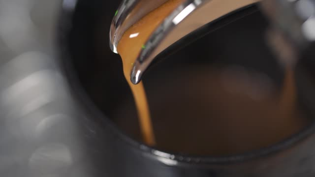 kaffee - kaffeetasse stock-videos und b-roll-filmmaterial