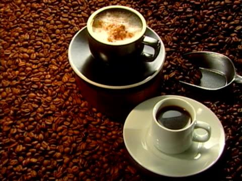 stockvideo's en b-roll-footage met coffee - ijslepel