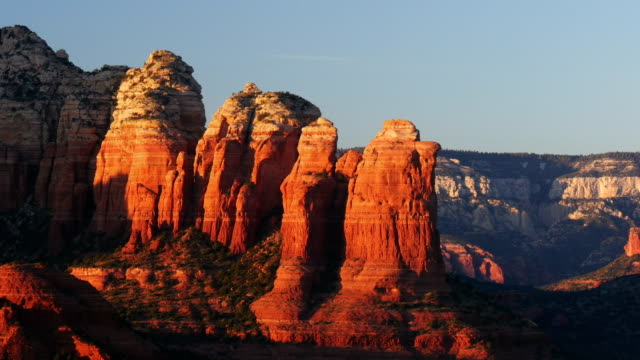 coffepot sandstone formation, time-lapse - sedona stock videos & royalty-free footage