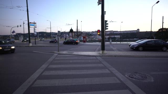 coimbra-city - trolleybus stock-videos und b-roll-filmmaterial