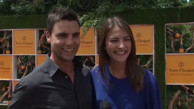 colin egglesfield aline nobie on being terrified of horses at the fifth annual veuve clicquot polo classic at liberty state park on june 02 2012 in... - 動物を使うスポーツ点の映像素材/bロール