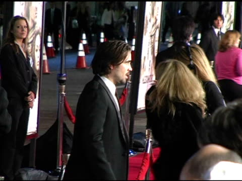 colin farrell at the 'alexander' premiere arrivals at grauman's chinese theatre in hollywood, california on november 16, 2004. - colin farrell stock videos & royalty-free footage