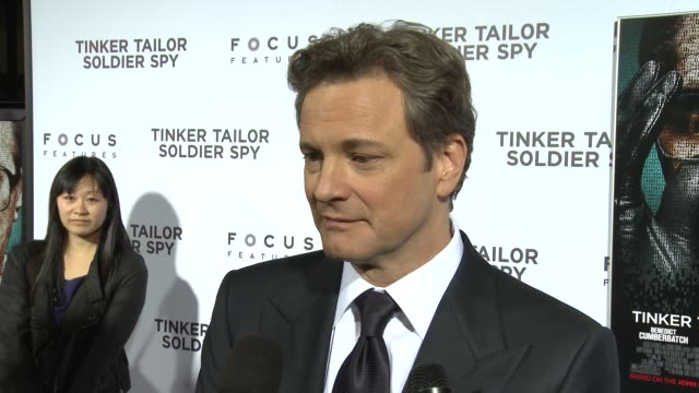 vídeos de stock, filmes e b-roll de colin firth on his character on being familiar with the book and miniseries before he worked on this film on the cast he worked with and the british... - colin firth