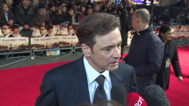 vídeos de stock, filmes e b-roll de interview colin firth on the lack on the history behind the film and paddington bear at 'the railway man' uk premiere on december 4 2013 in london... - colin firth