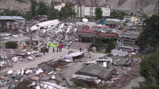collapsed buildings demonstrate catastrophic damage from the 2008 earthquake in sichuan china - 四川省点の映像素材/bロール