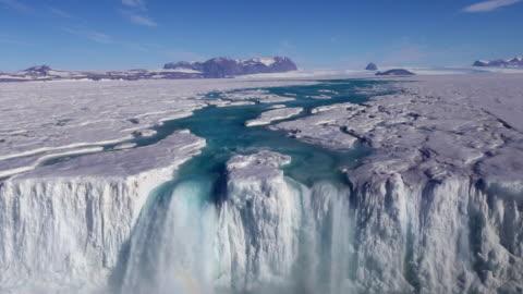 vídeos y material grabado en eventos de stock de collapsed nansen ice wall and nansen waterfall - antarctica