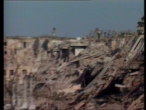 collection t13029514 1321995 grozny lies in ruins following the massive assault by russian military forces against separatist chechnya chechnya... - grosny stock-videos und b-roll-filmmaterial