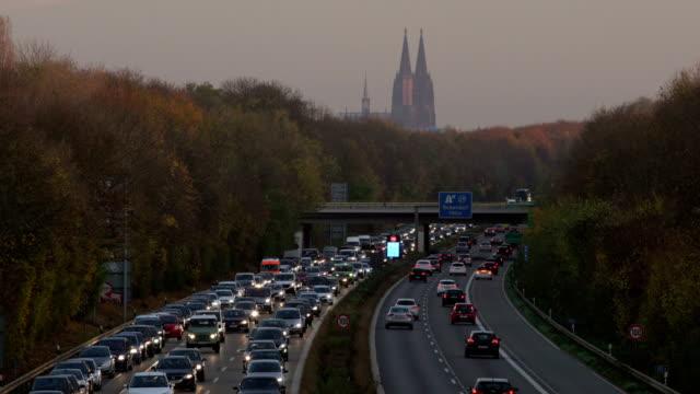 cologne autobahn - ノルトラインヴェストファーレン州点の映像素材/bロール