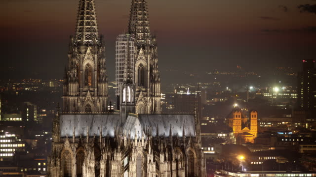 zeitraffer: kölner dom - kathedrale stock-videos und b-roll-filmmaterial