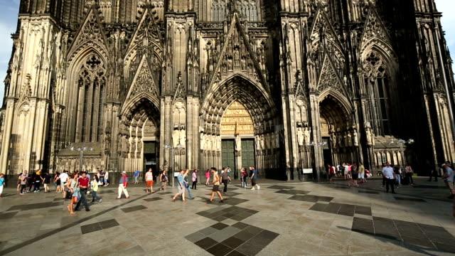 kölner dom - kathedrale stock-videos und b-roll-filmmaterial