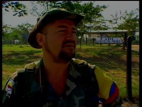 stockvideo's en b-roll-footage met president andres pastrana interview itn one of leaders interviewed sot translated not drug traffickers we levy a tax on the people who produce drugs... - war and conflict