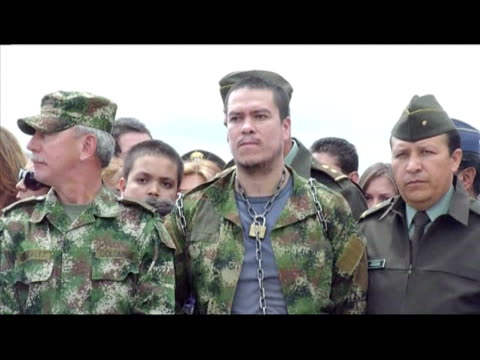 colombian soldiers on the weekend rescued four policemen held hostage in the jungle by leftist rebels for nearly 12 years general luis herlindo... - natural land state stock videos & royalty-free footage