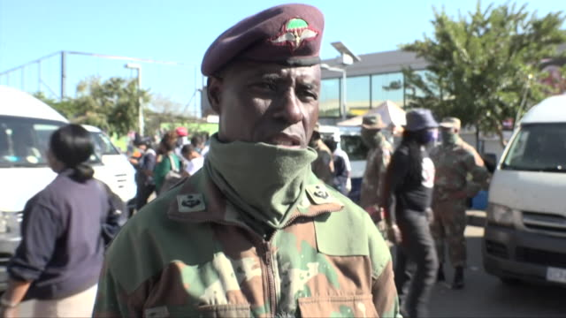 colonel charles stabathaba of the south african army saying most people in south africa have been observing coronavirus lockdown rules - inquadratura fissa video stock e b–roll