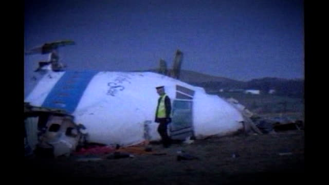analysis of gaddafi's reign tx scotland dumfries and galloway lockerbie wreckage of nose section of pan am boeing 747 plane - dumfries and galloway stock videos & royalty-free footage