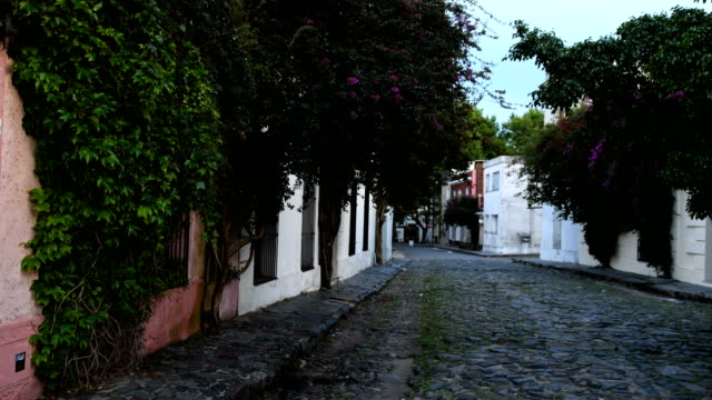 colonia del sacramento in uruguay - uruguay stock-videos und b-roll-filmmaterial