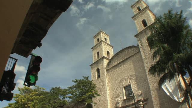 vídeos y material grabado en eventos de stock de ws la td colonial church / merida, yucatan, mexico - mérida méxico