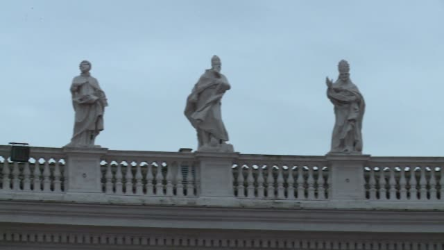 colonnade on st. peter's square in vatican - sculptures of saints - st peter's square stock videos & royalty-free footage
