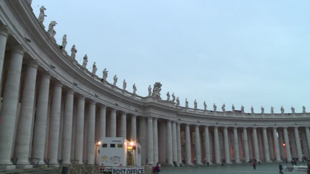 colonnade on st. peter's square - st peter's square stock videos & royalty-free footage