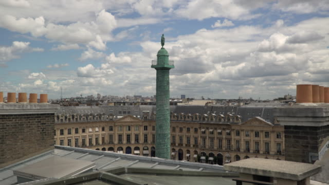stockvideo's en b-roll-footage met colonne vendome and roof - colonne vendome
