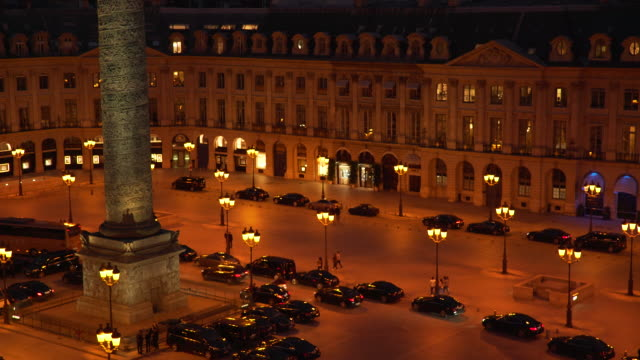 stockvideo's en b-roll-footage met colonne vendome night - colonne vendome