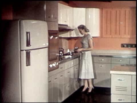 color harmony for your home - 9 of 19 - この撮影のクリップをもっと見る 2122点の映像素材/bロール