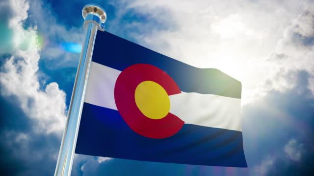 4k - colorado flag | loopable stock video - pueblo colorado stock videos & royalty-free footage