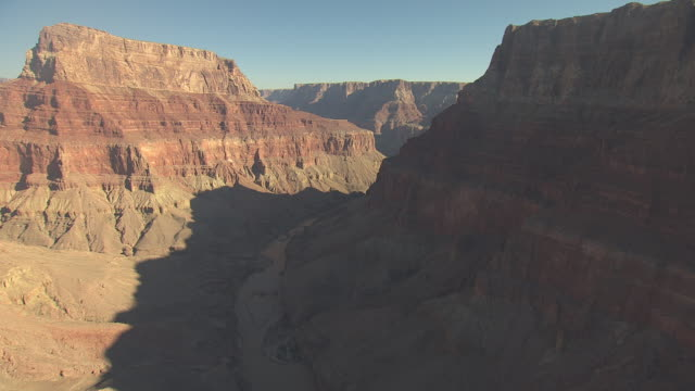 stockvideo's en b-roll-footage met ws aerial colorado river at zuni point corridor approaching little colorado confluence and turn right up little colorado river canyon in grand canyon south rim / arizona, united states - zuni