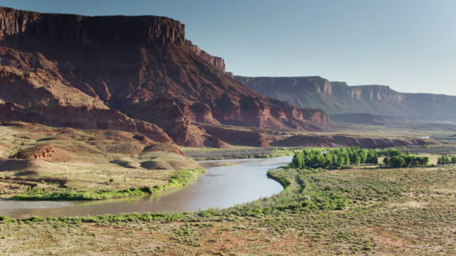 colorado river in castle valley, utah - drone shot - moab utah stock videos & royalty-free footage