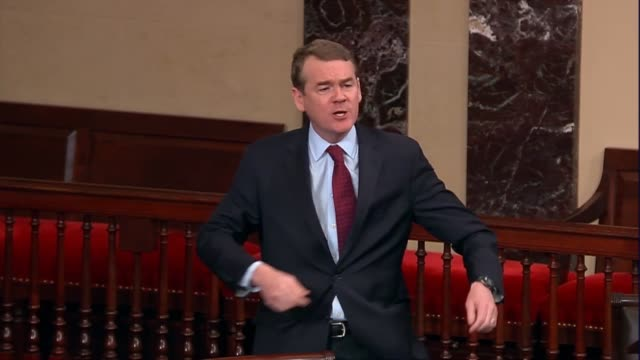 stockvideo's en b-roll-footage met colorado senator michael bennet says on day 34 of a partial government shutdown that resulted from a broken promise of president donald trump as... - initiatief