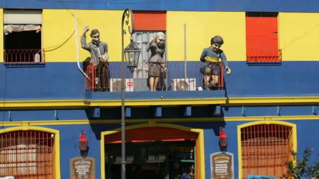 T/L, MS, HA, Colorful building with figures on balcony, La Boca, Buenos Aires, Argentina